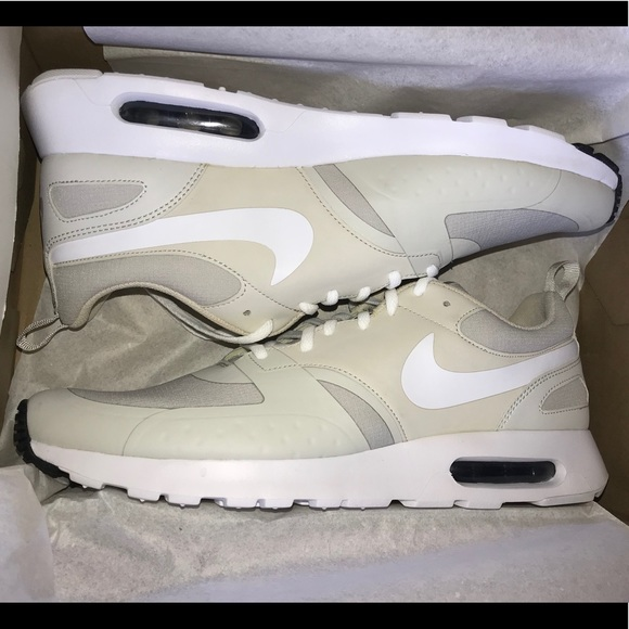 promo code 8f312 77c11 NEW Men s 11 Nike Air Max Vision Grey Bone Beige